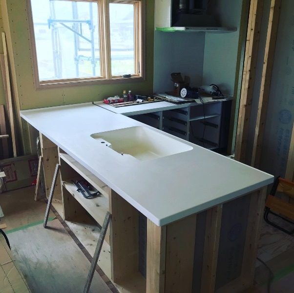 鈴鹿市にて新築工事中のお家すてきなキッチンが完成しました!